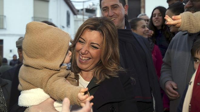 Susana Díaz sale en defensa de la honestidad de los socialistas