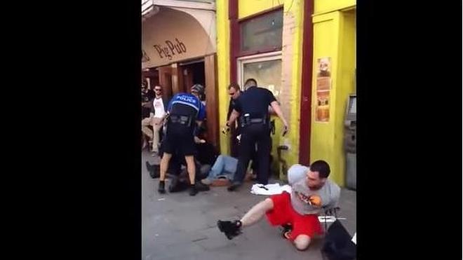 La estrafalaria pero efectiva huida de un esposado por un descuido de la Policía
