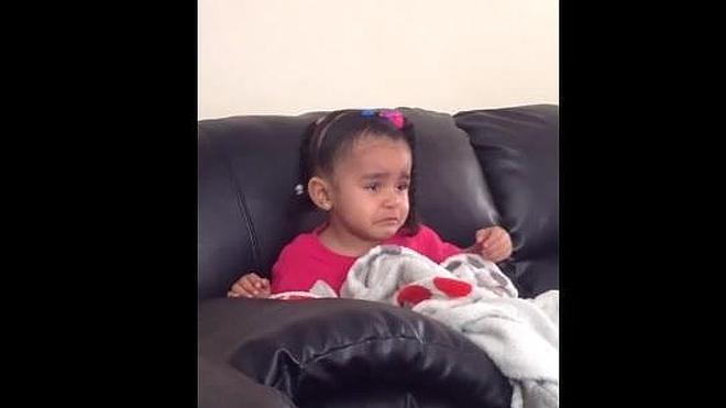 La tristeza de una niña al ver por primera vez la muerte de Mufasa en el Rey León