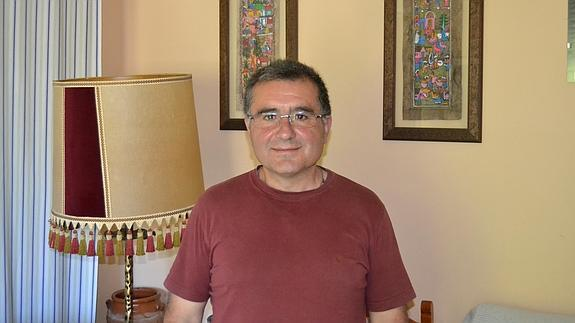 Mario Picazo, en la parroquia de La Paz. /