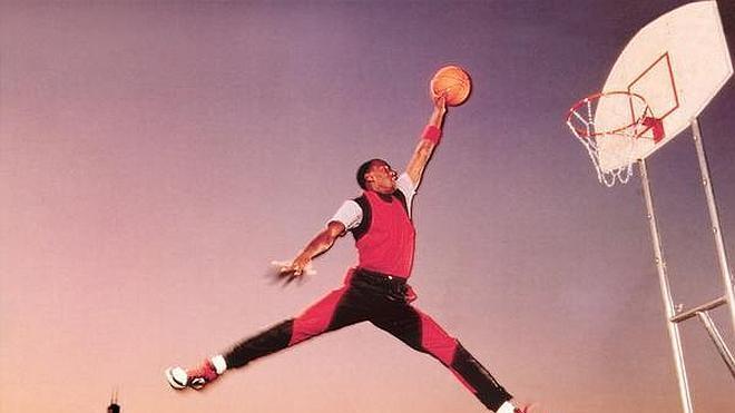 "Adidas rechazó a Jordan por ser ""demasiado bajito"""