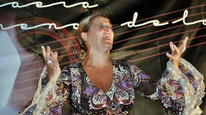 Anabel de Vico se convierte en la séptima ganadora de la 'Volaera' lojeña
