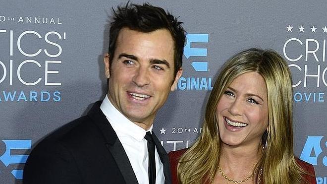 Macabra luna de miel para Jennifer Aniston y Justin Theroux en Bora Bora