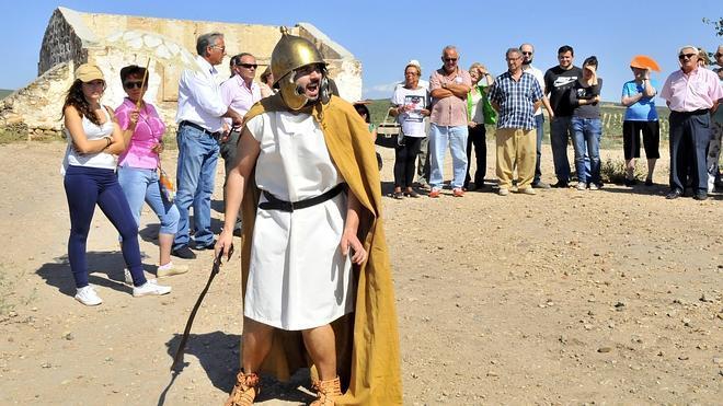 Las iniciativas turísticas en Cástulo atraen a unas 50.000 personas hasta el yacimiento