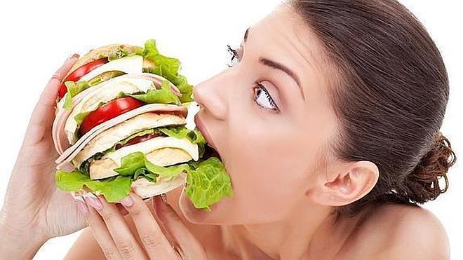 Cómo pedir comida a domicilio sin perder la dieta en el intento
