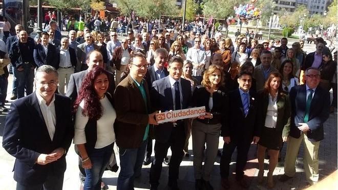 Ciudadanos presenta sus candidatos al Congreso y al Senado