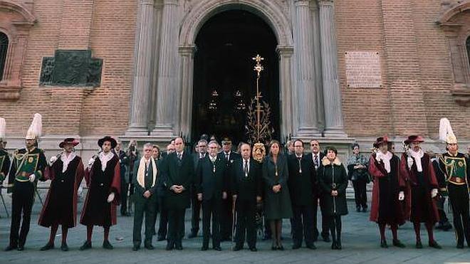 Granada agradece a la patrona haber sido liberada de terremotos