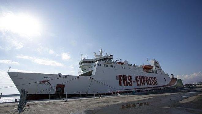 La nueva línea marítima de Tánger cancela escalas por la falta de inspectores en Motril