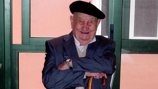 Muere a los 107 años Antonio, el español que sólo bebió vino en su vida