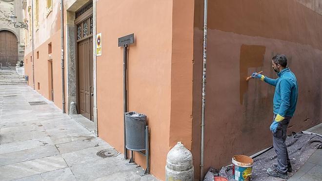 La fiscalía pide al Ayuntamiento que limpie de grafitis el entorno de los lugares protegidos