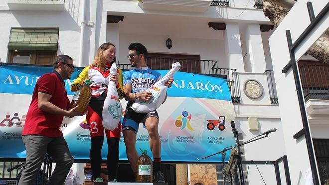 Javi Poza y Rocío Martín triunfan en el Open Puerta de Alpujarra en Lanjarón