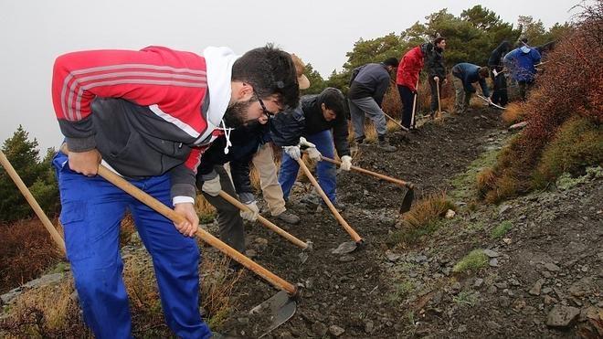 El proyecto MEMOLA recupera 2,9 km de acequia de careo en Lanteira