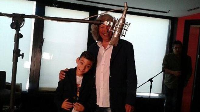 Adrián, el niño malagueño con hidrocefalia, será la voz de 'la Roja' en Telecinco