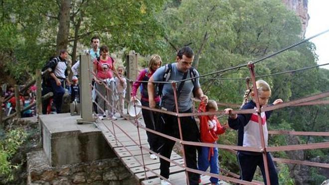 Las mejores rutas senderistas para descubrir la provincia de Granada