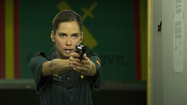 Coria, enfurecida con 'Cuerpo de élite' por decir que sus vecinas son «putas o guardias civiles»