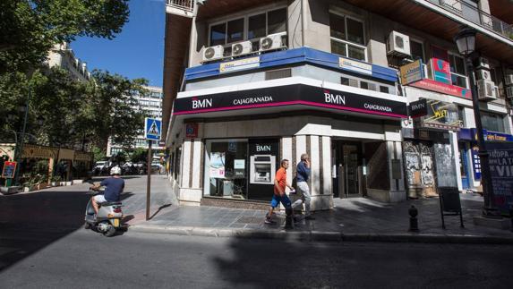 la fusi n entre bmn y bankia a la espera del nuevo