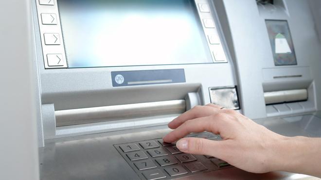 Alerta: hackean numerosos cajeros automáticos por toda Europa