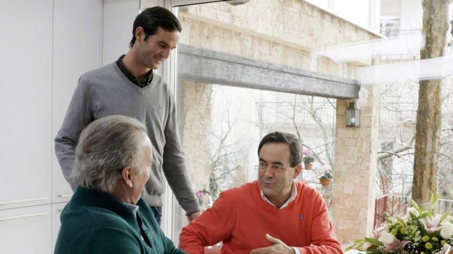 La difícil decisión que enfrentó a Zapatero y Bono