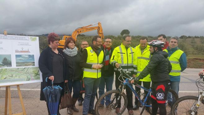 La Junta finalizará antes del verano la vía ciclista entre La Puerta de Segura y Puente de Génave