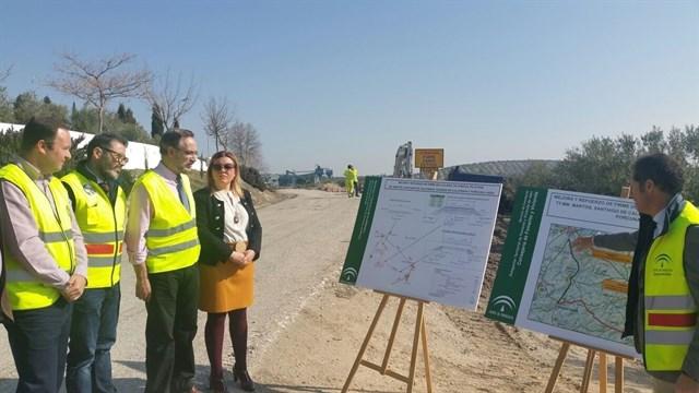 Comienzan las obras en la A-6052, que mejorará la comunicación entre Santiago de Calatrava y Jaén