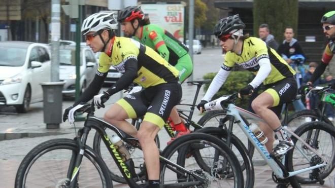 Amplia representación del Specialized Sport Bike en la Andalucía Bike Race