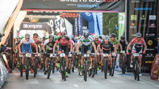 La Andalucía Bike Race se decide en las próximas 48 horas en Linares
