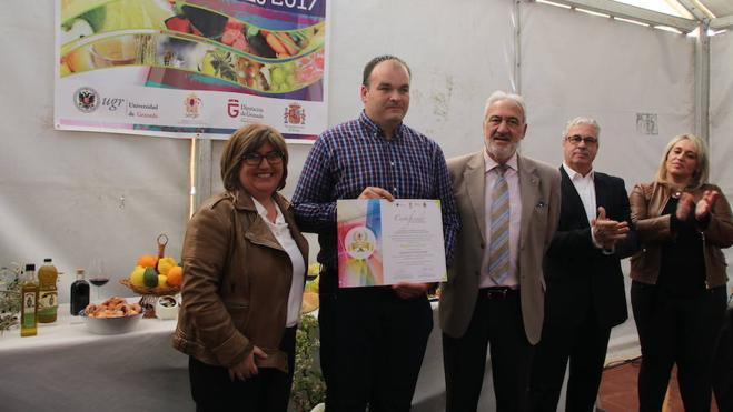 La Diputación entrega a El Pinar la distinción de municipio gastrosaludable