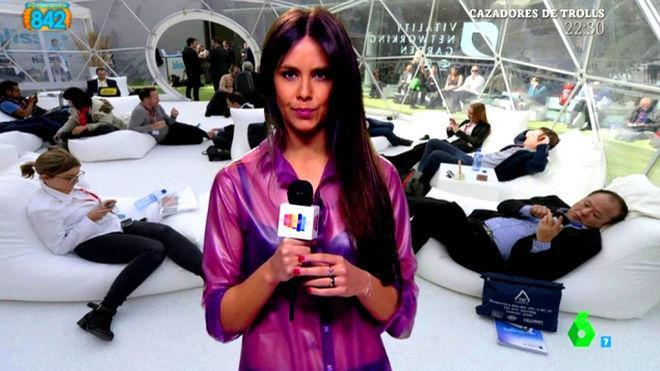 Pedroche y su camisa de látex con transparencias llaman la atención en la Sexta