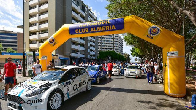 Almería se prepara para oler a gasolina