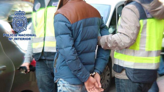 'Cazan' al autor de un atraco a punta de pistola en un banco en Almería