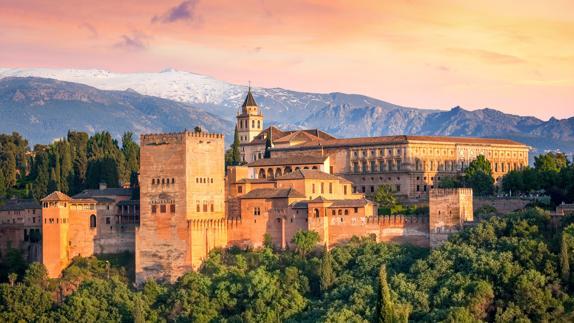 Resultado de imagen para la alhambra de españa