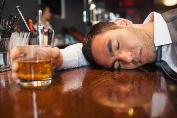 que tomar para las nauseas despues de una borrachera